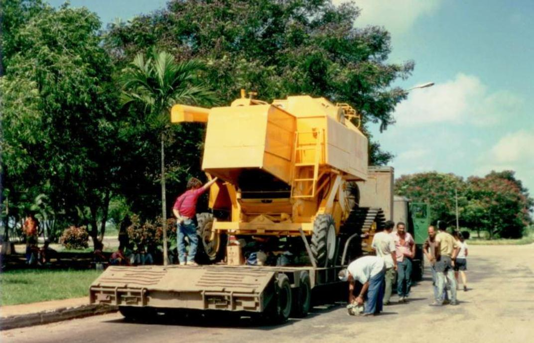 Cane Harvester October 1993 002