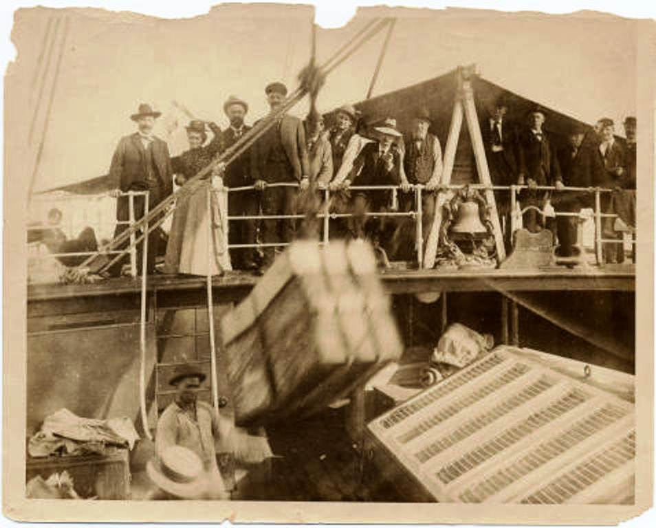 American Colonists Arriving in Cuba shortly after the Cuban War of Independance