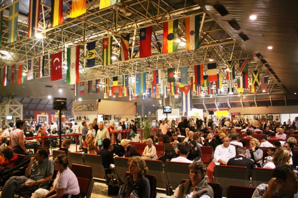 Havana_Airport_departure_Lounge_(3214814919)