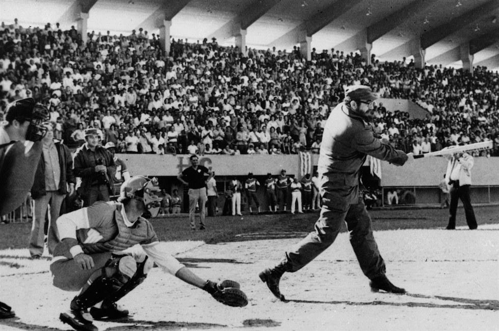 CASTRO AT BAT 1977