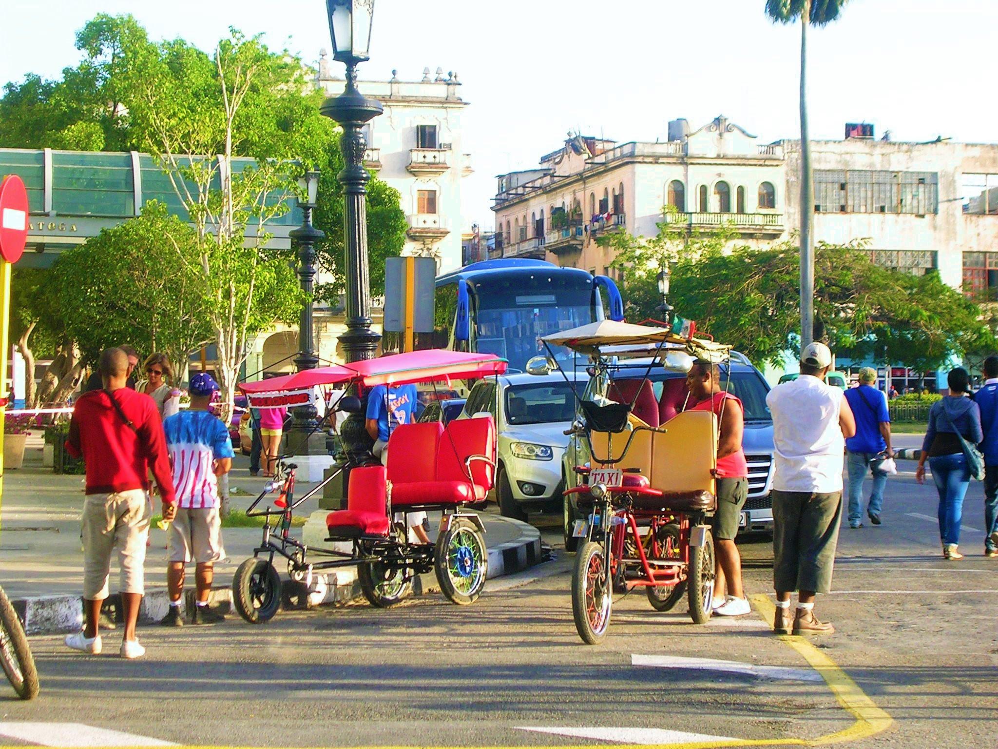 The Cuban Economy La Econom A Cubana Page 5 # Muebles Rogelio Gonzalez